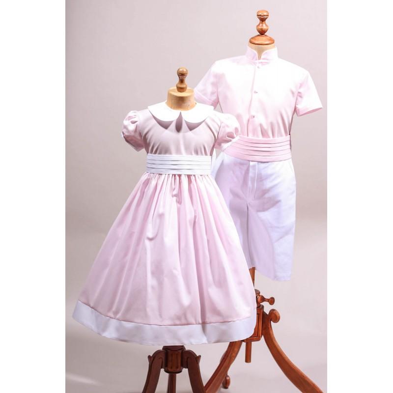tenue de cort ge d 39 enfant d 39 honneur rose clair et blanc. Black Bedroom Furniture Sets. Home Design Ideas