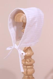Bonnet blanc de bébé