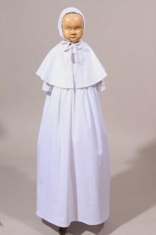 Robe traditionnelle de baptême avec broderie ancienne
