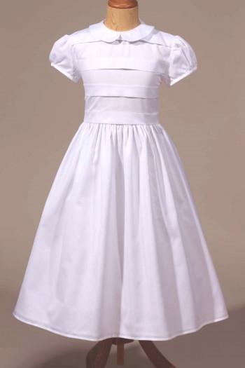 Robe de communion fille classique blanche col Claudine