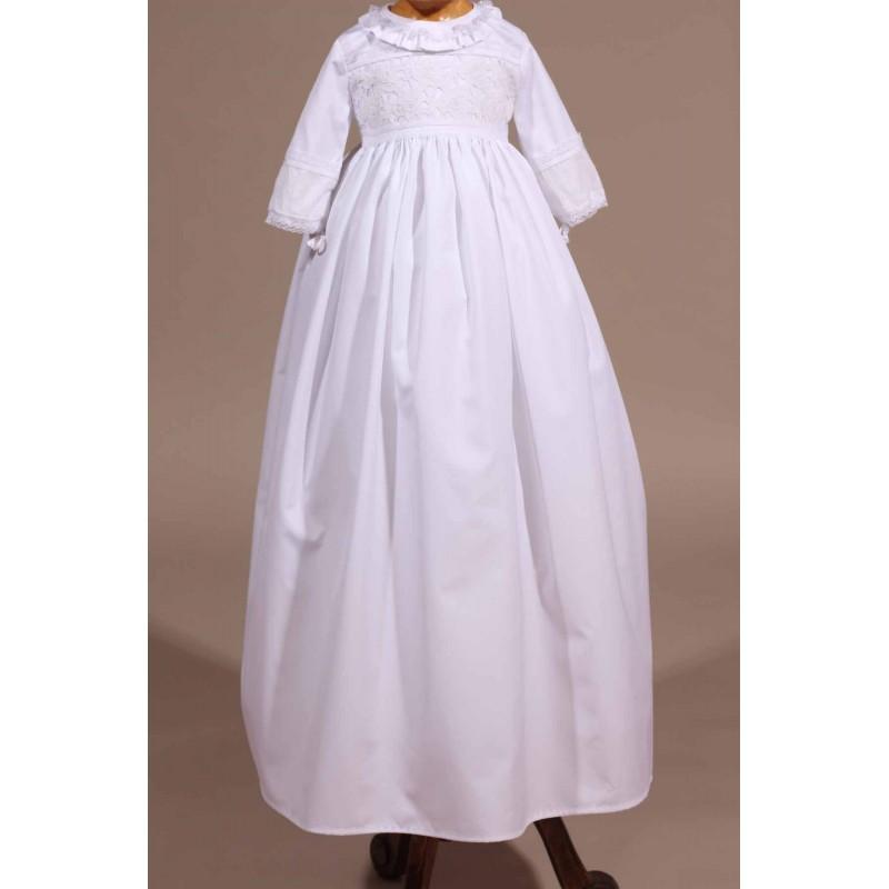 eaa9d1f269bb6 robe traditionnelle dentelle ancienne bapteme. Loading zoom