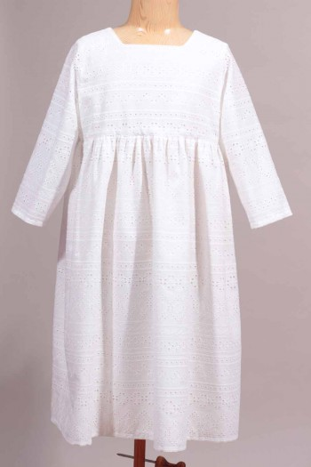 robe en broderie anglaise