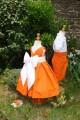 Tenue de cortège de mariage orange