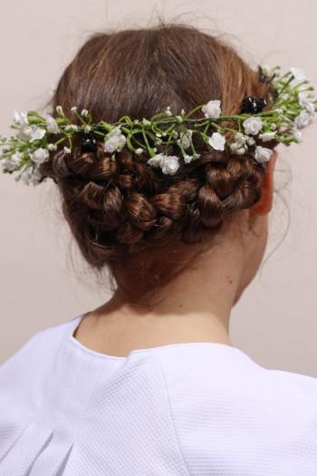 Couronne de fleurs gypsophiles communion ou cortège
